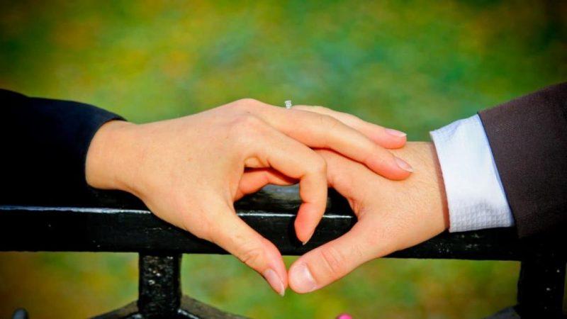 Как понять, что мужчина любит по-настоящему: признаки, поведение, тест на любовь