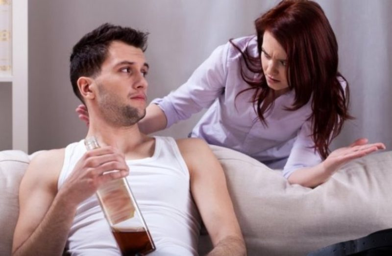 Как заставить алкоголика бросить пить?