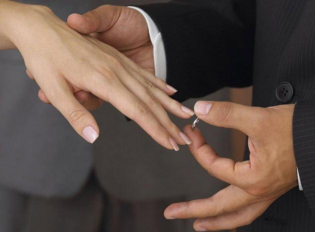 Как заставить мужчину сделать предложение