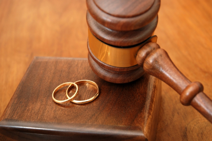 как развестись через суд